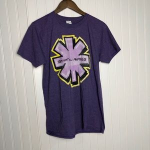 Red Hot Chili Peppers concert purple tee